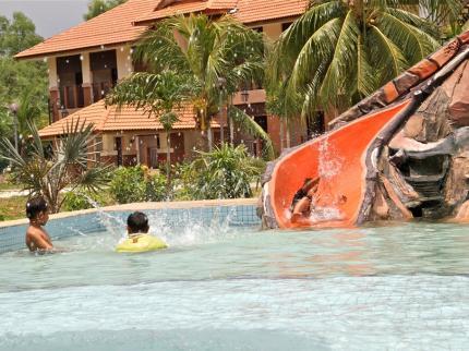 Swimming Pool Of De Palma Hotel Kuala Selangor